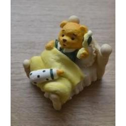 Dekorácia medvedík v postielke
